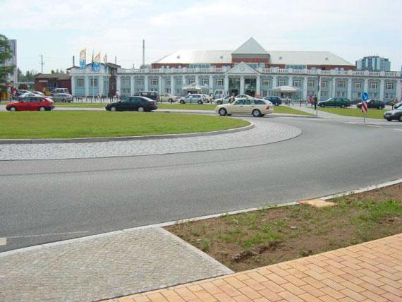 Konrad-Adenauer-Platz, Rostock
